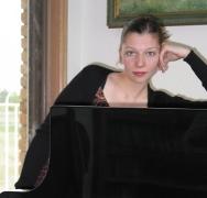 Sofia Mycyk, Piano